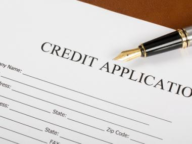 Difference Between Hard and Soft Credit Report Inquiries