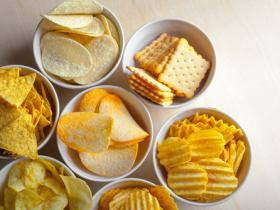 How Salty Foods Affect Hunger and Weight Loss